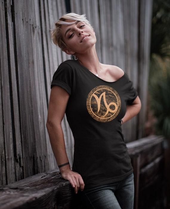 Get The Point WHAT ON EARTH Unisex Adult Capricorn Zodiac Horoscope Sweatshirt