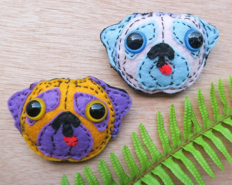 Dog pin, Bulldog pin, doggie brooch, felt dog face, pet jewelry, dog lover  gift, Dog brooch, Bulldog brooch for bag, jacket, Animal brooch