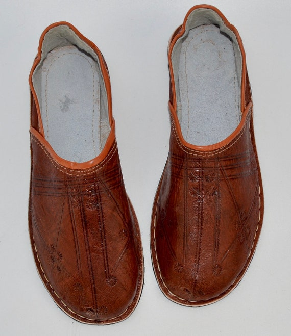 a09560ede2036 Mens marocain Babouche chaussons pantoufles de cuir à la