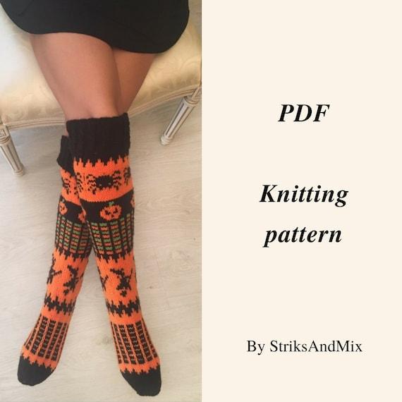70d0132c4 Halloween Woman Knee Socks Pattern Knitting Pattern