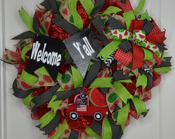 08584a8475eb Red and black wreath