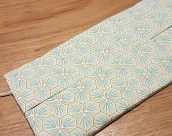 Washable cloth mask with elastics