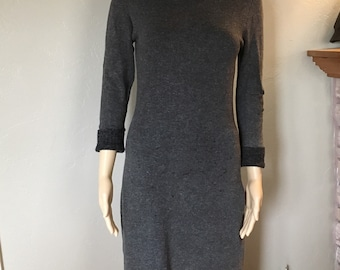 VINTAGE FRENCHI Dress, GRAY Stretch Knit, Pullover Dress, Size Small, Just below knee, length