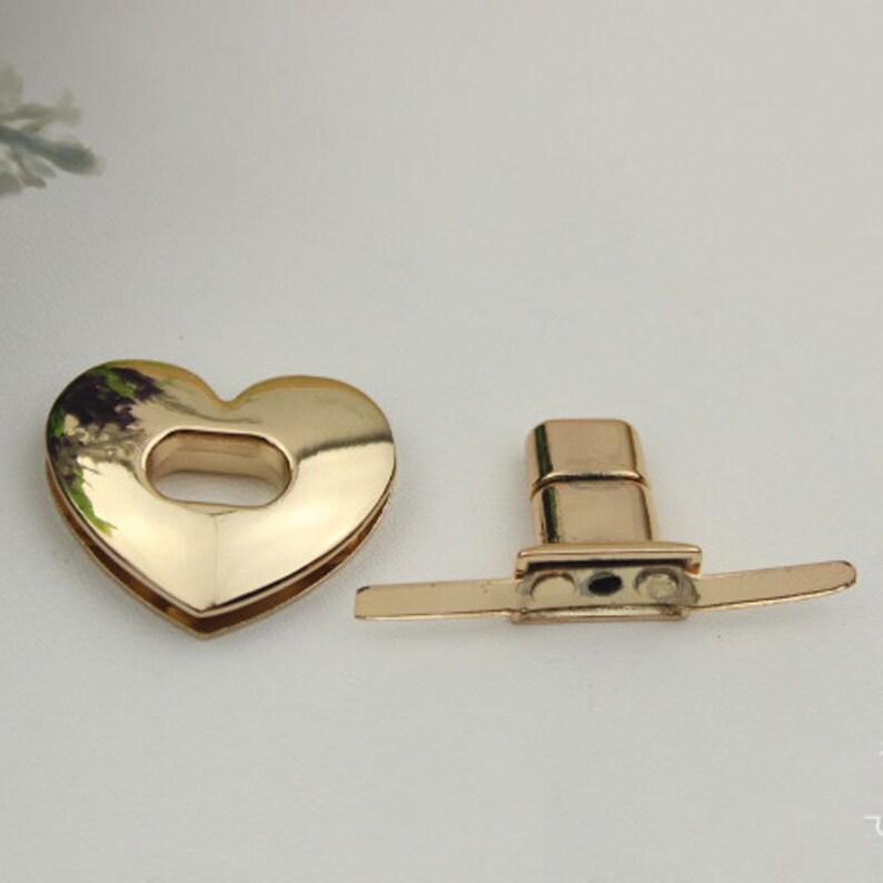 Metal Alloy Heart Shape Vintage Old Antique Style Mini Jewelry Box Lock Latch 5pcs