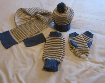 set Hat scarf mittens and gaiter