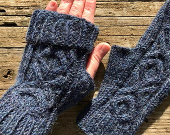 XOXO Fingerless Mitts, Alpaca/Wool