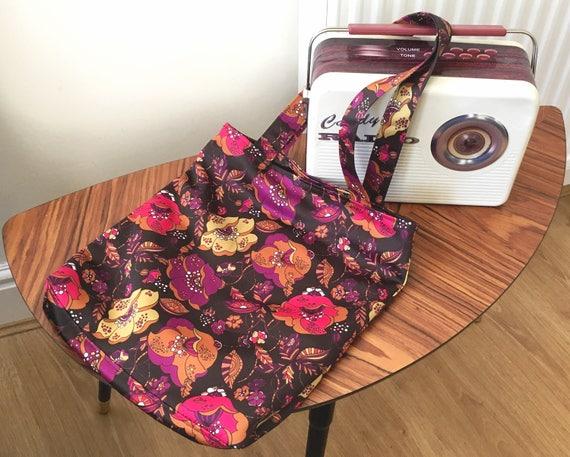 Fleur imprimé sac de shopping, Mod imprimé de fleurs, Funky Floral Print Tote, fleur gras d'impression sac, Flower Power, 70 ' s imprimé sac fourre-tout, rose
