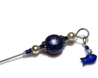 Blue and White sewing stiletto with fish charm - Beaded quilting stiletto - Tailor's awl - Laying tool - Sewing accessory - Quilting tool