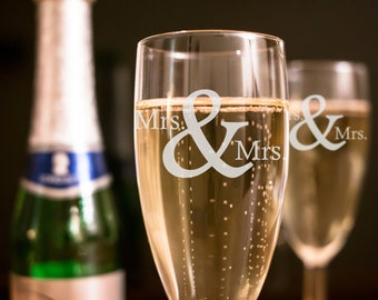Set of 2 - Mrs. & Mrs. Wedding Toasting Flutes - Personalized Toasting Flutes - Personalized Wedding Glasses - Champagne Flutes - A
