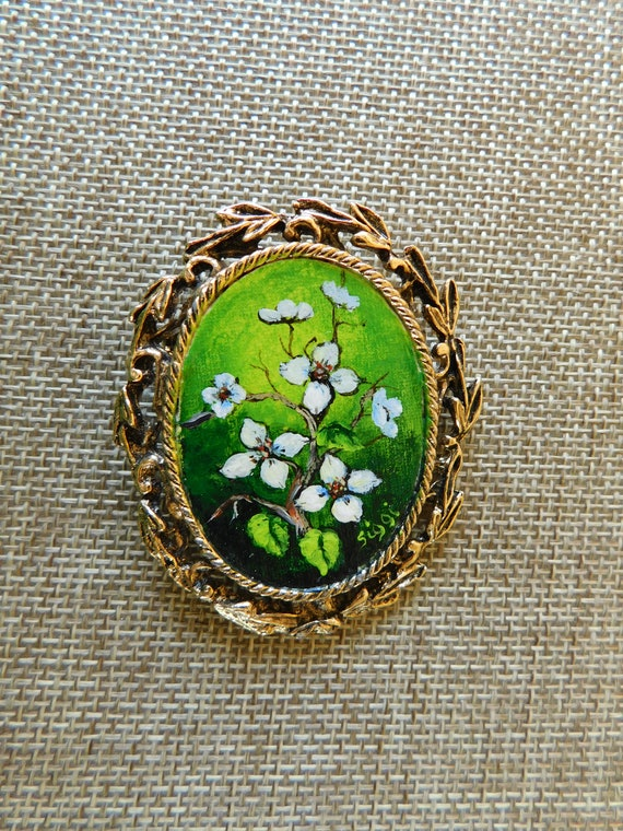 Artist Signed Hand Painted Brooch, Hand Painted Do