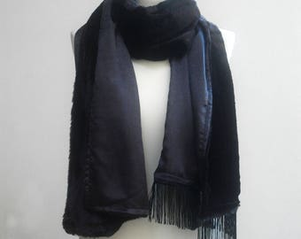 Scarf, in black fur, black silk and black fringes