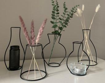 UK Stock - Modern Nordic Iron Black Outline Silhouette Vase Candlestick Multiple Designs Home Decor