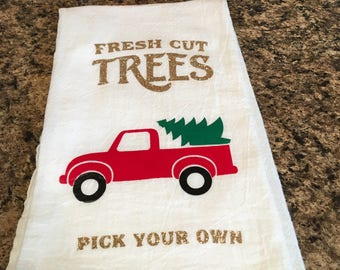 Christmas Tea Towel // Kitchen Towel // Home Decor // Flour Sack Towel