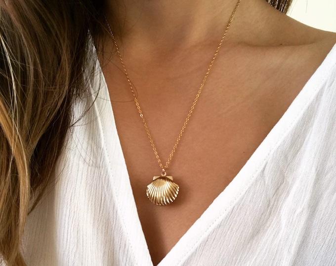 Marina Seashell Locket