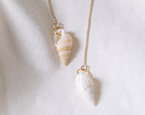 Blanc Seashell Huggies
