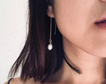 Penelope Baroque Pearl Ear Threaders