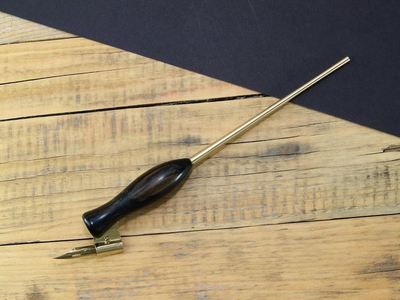 Oblique pen holder calligraphy pen