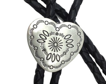 Bolo Tie - Western Bootlace Cowboy Tie - Bolo Tie Necklace - Heart Concho Style - Bolo Tie Vintage - Western Styling