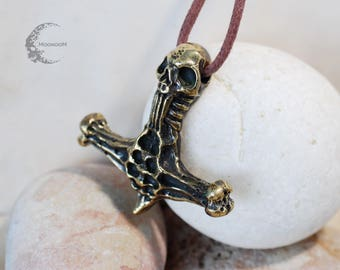 Pendant Hammer of the Torah with a skull PB-010