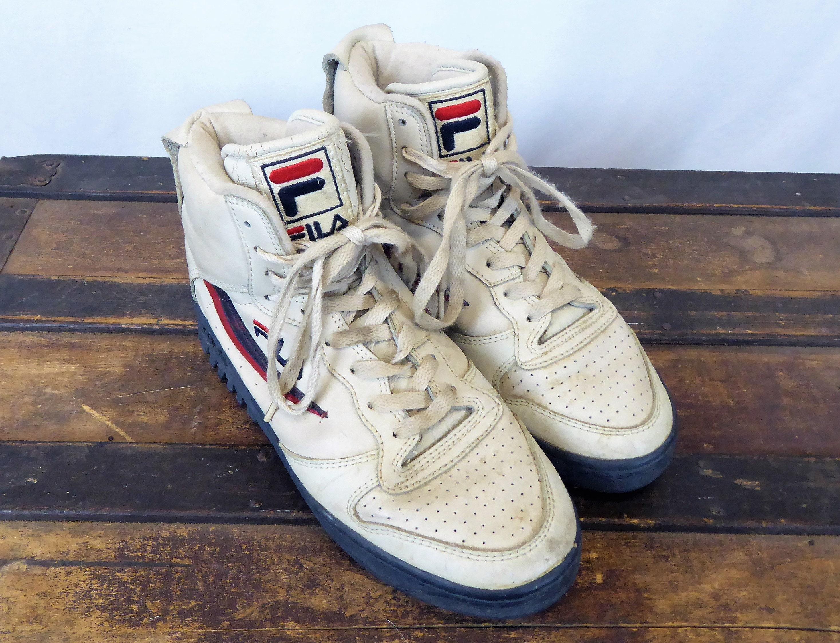 fila crampons baskets vintage des de 90 & # 39; s des vintage formateurs, des chaussures en toile beige, des hommes noirs taille 8 nous voie unique a088db