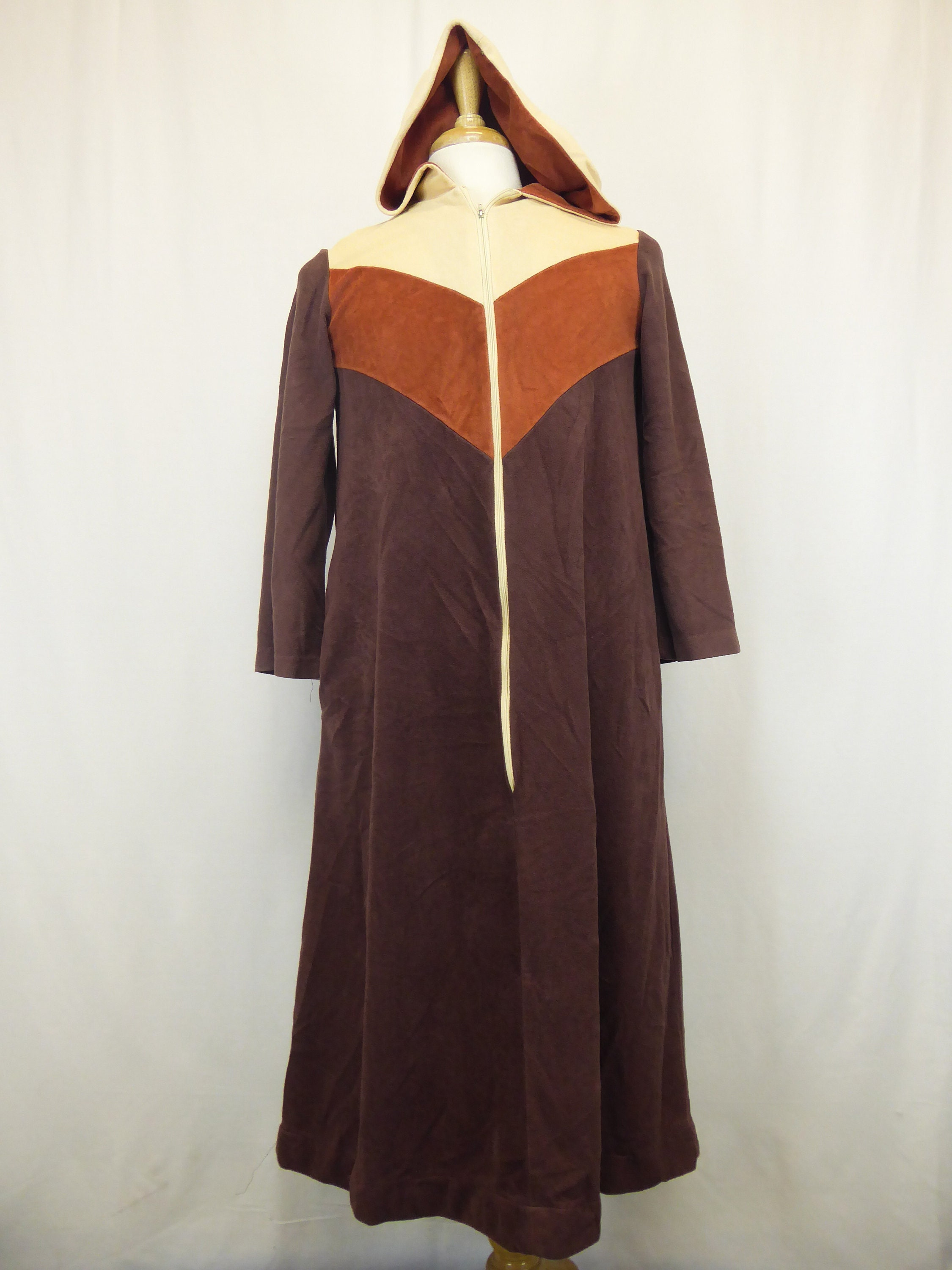 035b8774ea8ee 70s Terry Cloth Robe, Vintage Hooded Robe, Unisex Size Small, Brown/Tan,  Zip Up Robe, Beach Pool Coverup, Smart Time