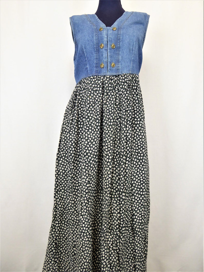 0ba00a747af 90s Denim Floral Maxi Dress Women s Size 6 Button Front
