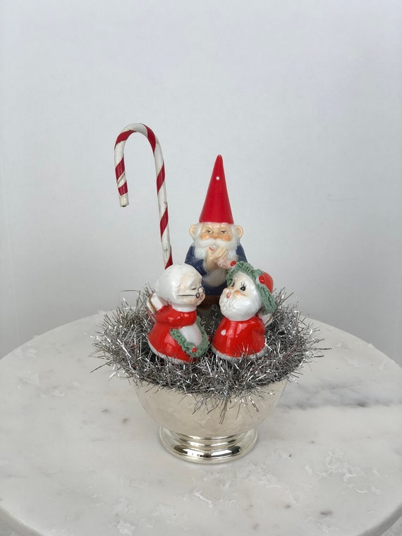 Christmas Topiary Decor.Vintage Christmas Topiary Mr Mrs Claus Renewing Their Vows Santa Topiary Vintage Christmas Decor