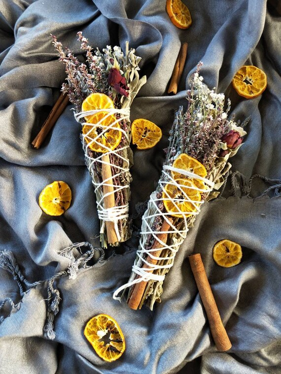 Banish negative energy smudge wand- cleanse your place and yourself with its smoke. Hex breaker, spell casting, home blessing