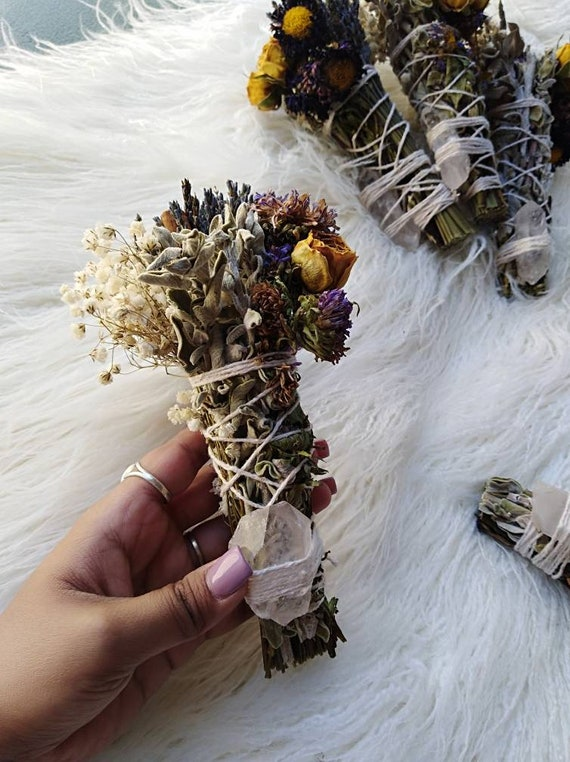 """1 pc New moon Smudge stick with Clear quartz- Guidance, Calming, Cleansing, Australian grown Sage,  5"""" Stick, Sage, Crystals"""