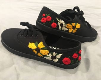 Hand embroidered flower shoes