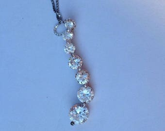 "Vintage! Absolute brand 17.5"" sterling silver chain & pendant with 7 graduated cz stones"