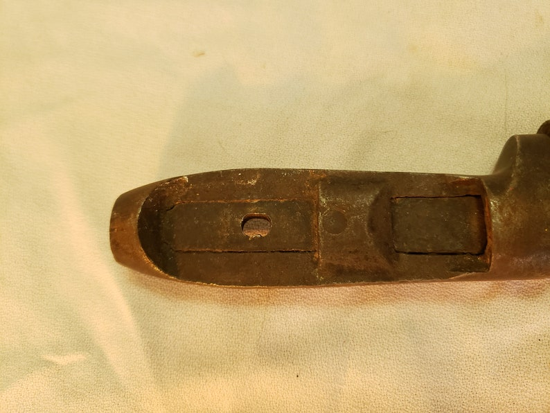 L Coes 8 12 Vintage Antique Adjustable PipeMonkey Wrench Missing wood handle