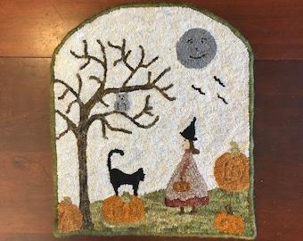 "Rug Hooking Kit ""Halloween Day"" 18.5"" x 16"""