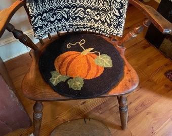 """Rug Hooking Kit """"Pumpkin Chair Pad"""""""