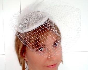 Bridal fascinate wedding headpiece birdcage veil ascot hat french net veil feather fascinator crystal hair comb bridal headpiece fancy hat