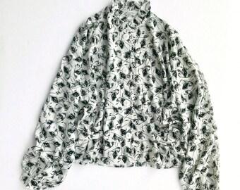 Deadstock vintage printed batwing sleeve peplum blouse