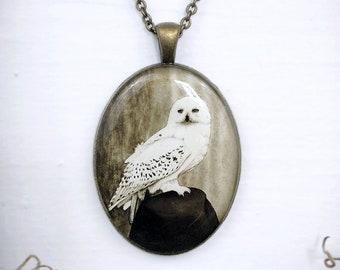 "Snowy Owl Necklace, Vintage Victorian Owl Cameo Pendant, Antique Bronze 30"" Long Chain"