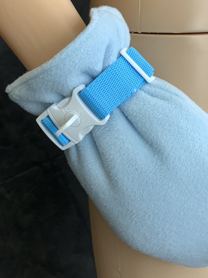 Black Pair of Locking Wrist Straps Choice of Colour White Pink or Blue /& Optional Trigger hooks Lockable Mitten Straps ABDL Adult