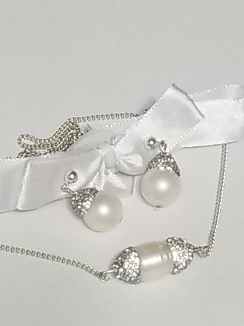 Necklace and Earrings Set Freshwater Pearls Gift for her. 19 sterling silver plated chain with Crystal settings clipon available