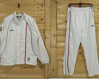 e1c4746796 Vintage UMBRO official ENGLAND training kit set windbreaker & trackpants  size L