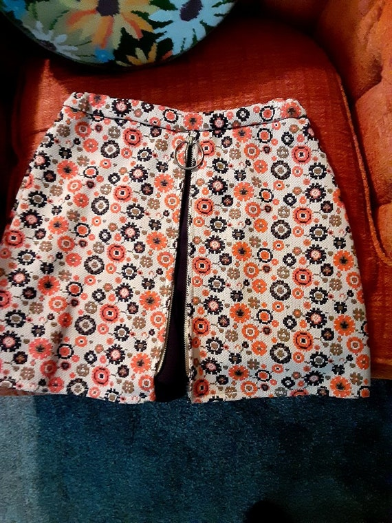 Vintage 70s girls mini skirt