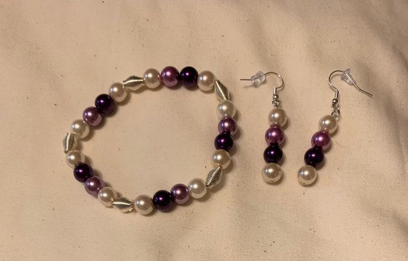 Medium glass bead bracelet and earrings