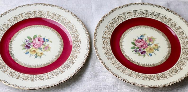 Royal Ivory KPM Krister Porzellan-Manufaktur Dinner Plate Set Of 7 Plates Made In Germany Cranberry Ring Gold Filigree Floral Center
