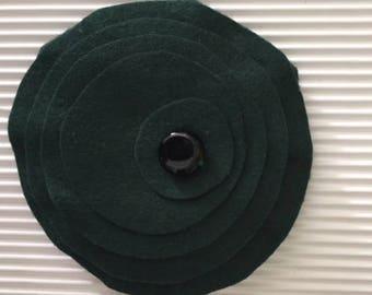 Brooch in green Pannolenci