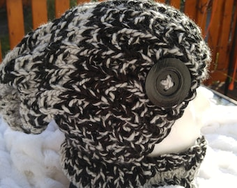 black and Greige neck warmer and slouchy Hat