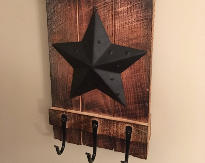 Barn Star Key Holder