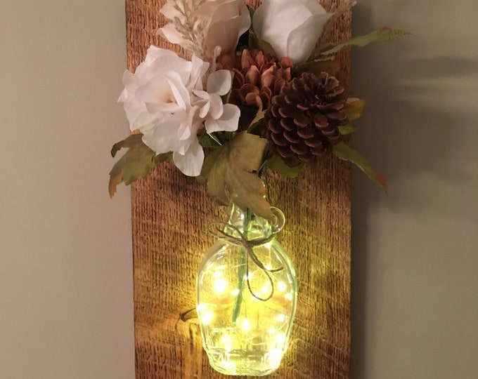 Country Wall Sconce