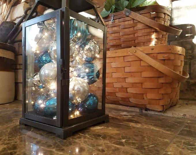 Decorative Lighted Holiday Lanterns