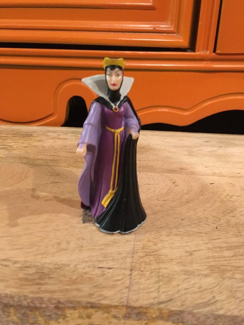 Vintage Disney EVIL QUEEN Snow White Figure PVC Cake Topper Rare Vintage Toy Fun Vintage Toy Lot 5