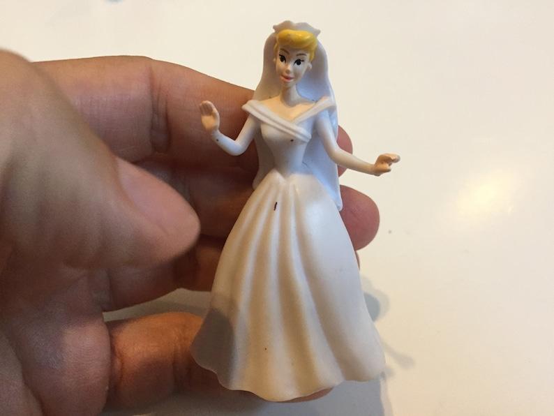 Fun Vintage Toy Lot 3 Vintage Disney CINDERELLA White Dress Figure PVC Cake Topper Rare Vintage Toy